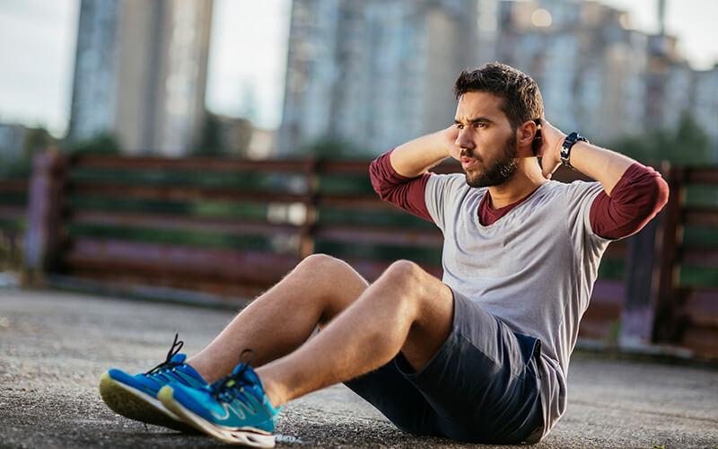 Exercices abdos homme